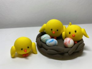 JumpingCLAY chicks and eggs in a nest